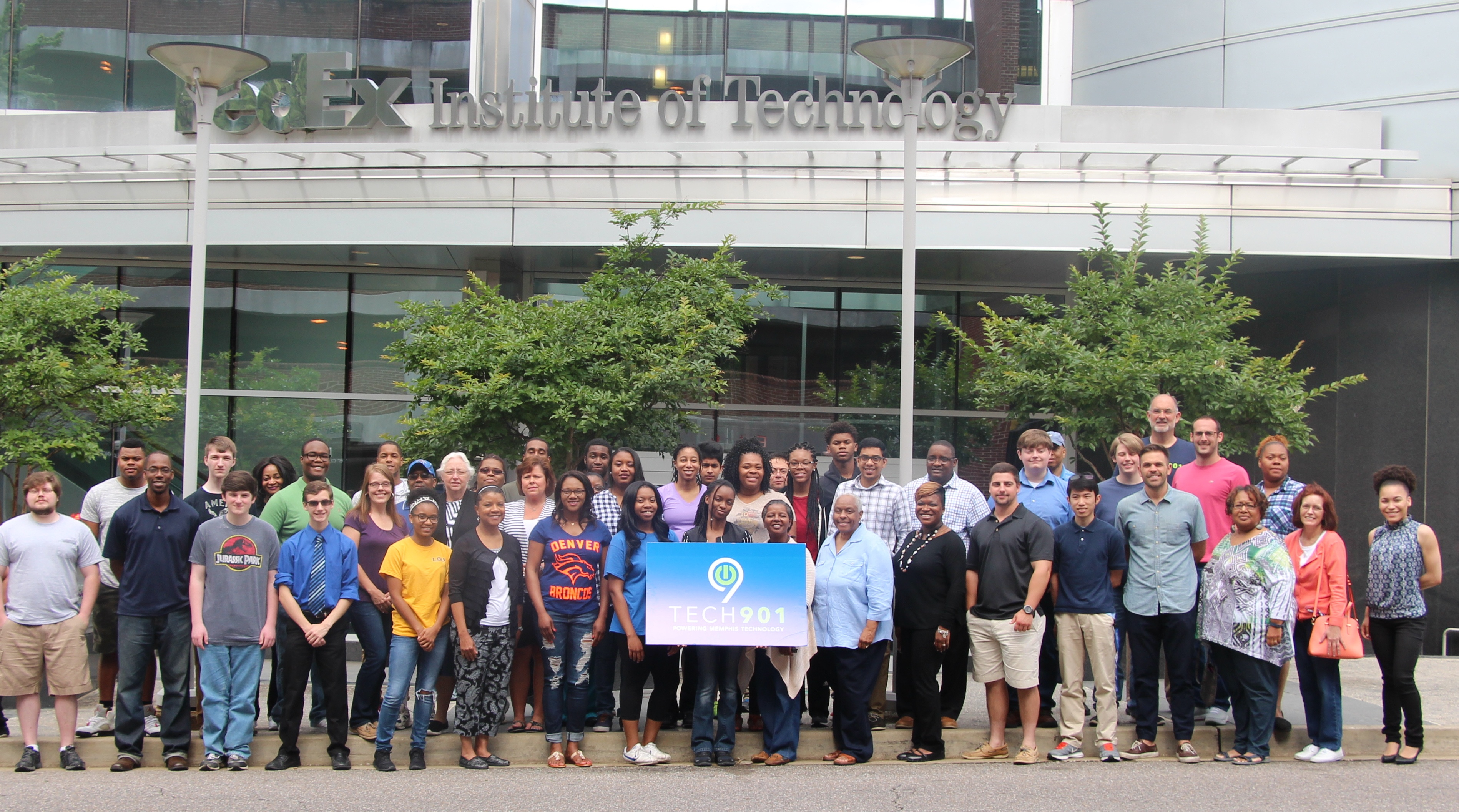 Tech901 class at the FedEx Institute of Technology